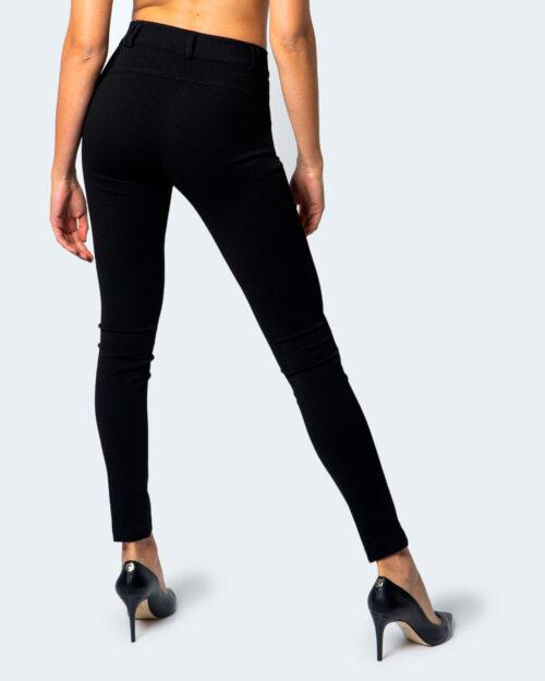 Akè Pantaloni super skinny e skinny 684 ARCI F646YALP5196 - 3