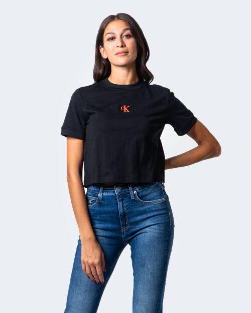 Calvin Klein Jeans T-shirt Ck Badge Cropped Tee J20J214148 - 1