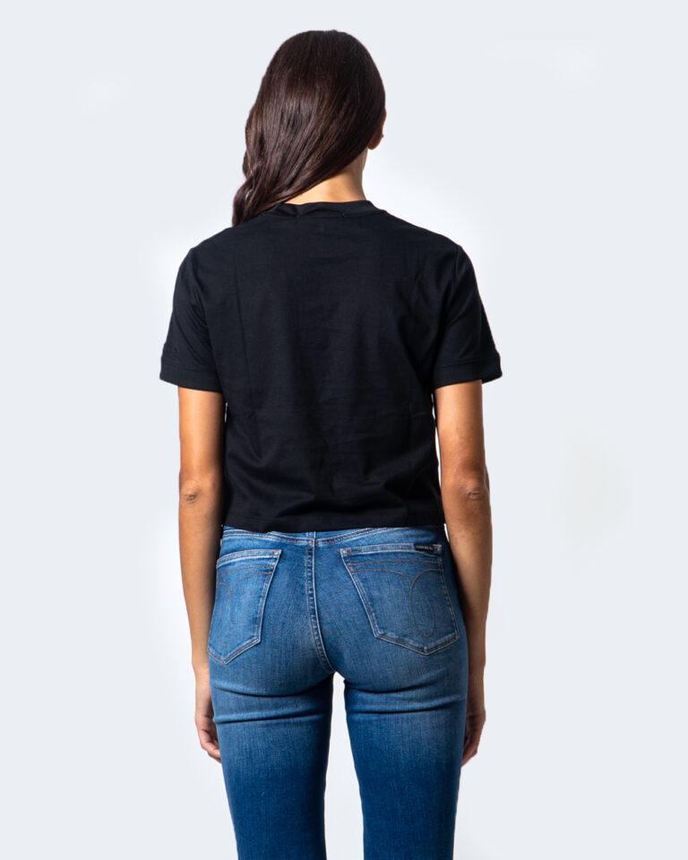Calvin Klein Jeans T-shirt Ck Badge Cropped Tee J20J214148 - 3