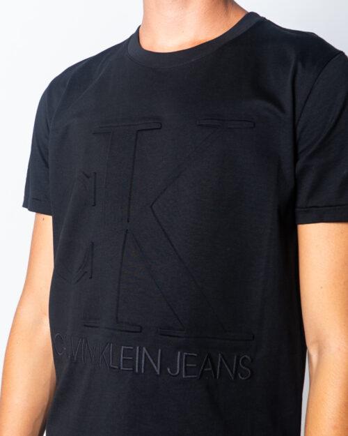 Calvin Klein Jeans T-shirt EMBOSSED REGULAR FIT TEE J30J315860 - 3