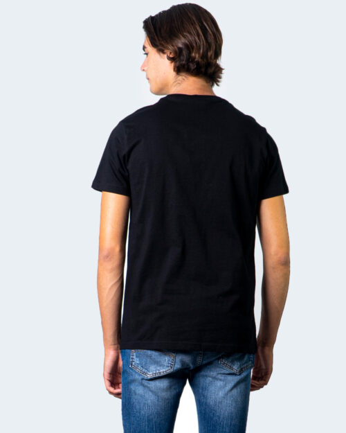 Fila T-shirt SAUTS TEE 687989 - 3