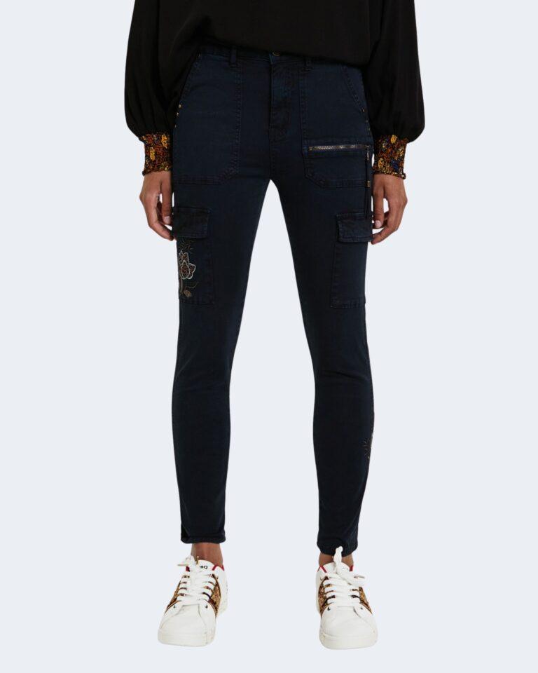Desigual Pantaloni super skinny e skinny PANT VELUTTI 20WWPN20 - 1