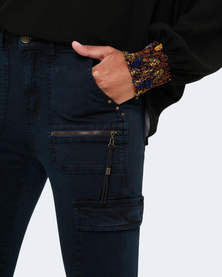 Desigual Pantaloni super skinny e skinny PANT VELUTTI 20WWPN20 - 2
