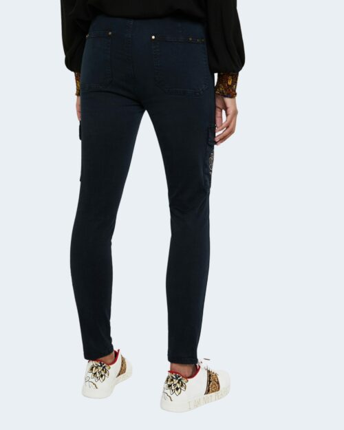 Desigual Pantaloni super skinny e skinny PANT VELUTTI 20WWPN20 - 3