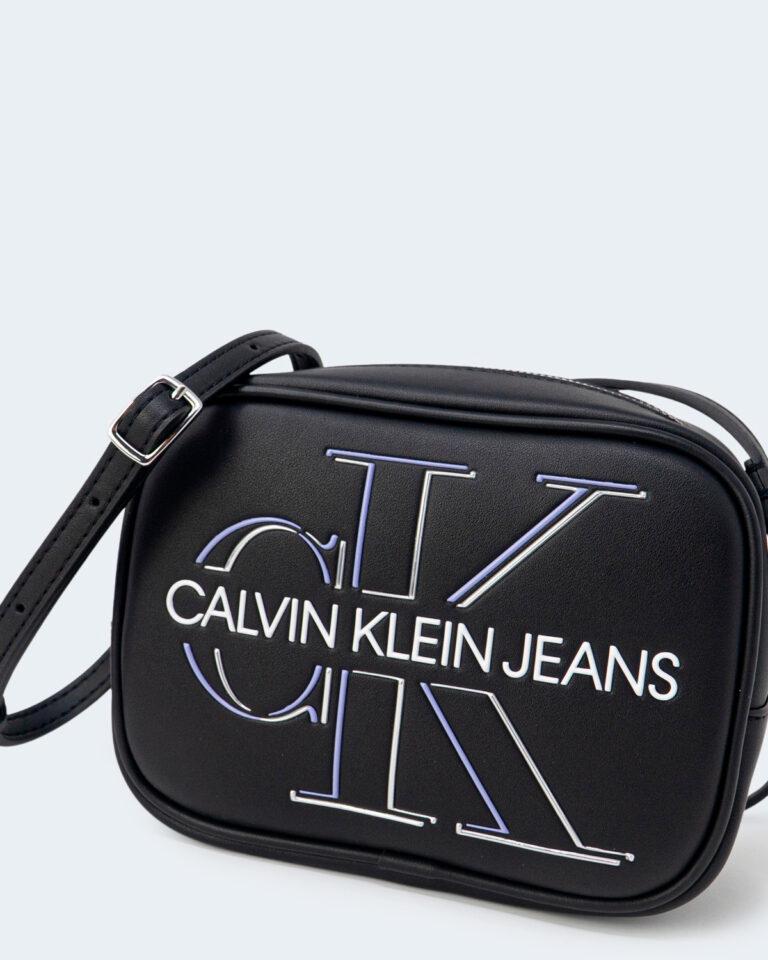 Borsa Calvin Klein CAMERA BAG GLOW Nero - Foto 2