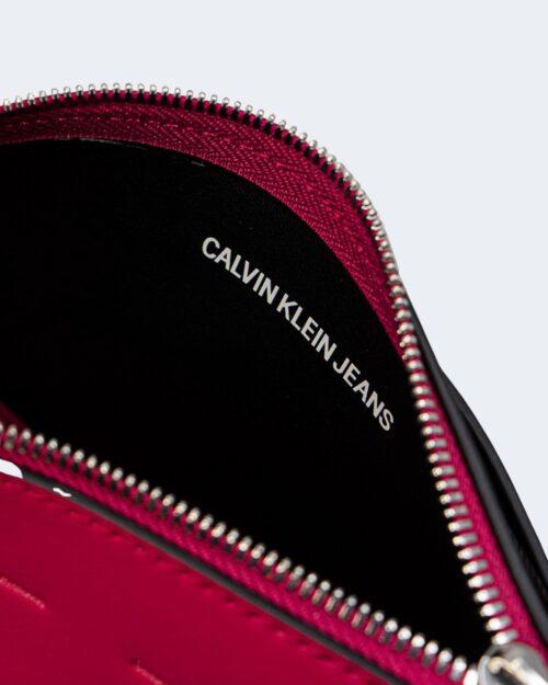 Borsa Calvin Klein CAMERA POUCH Rosso - Foto 3