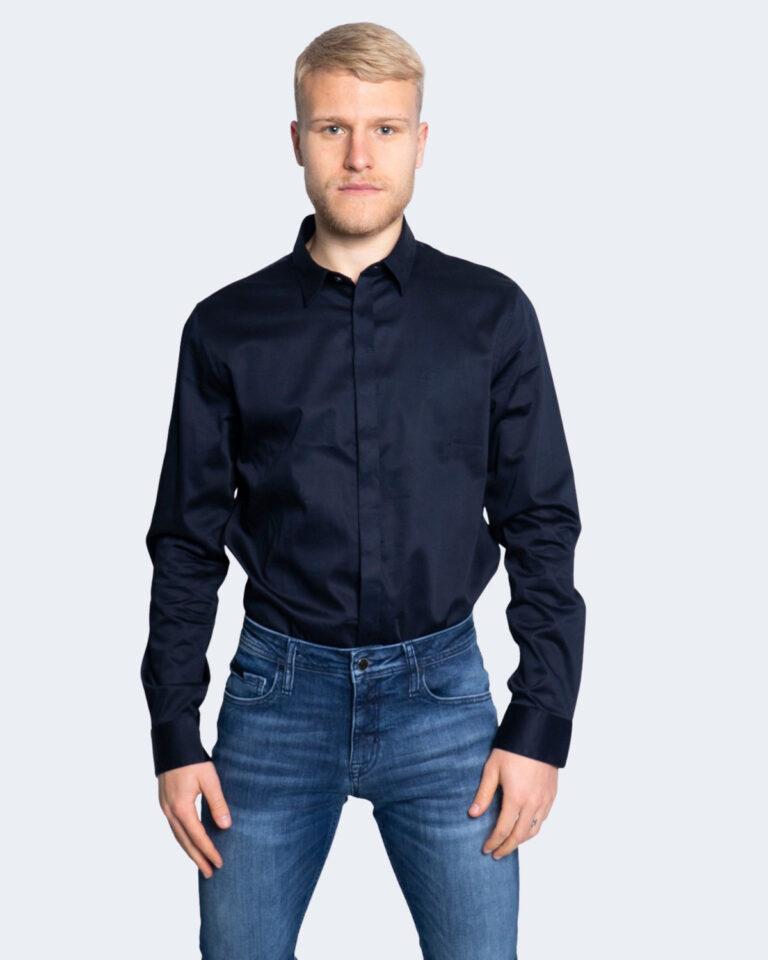 Camicia manica lunga Armani Exchange TINTA UNITA Blu - Foto 1