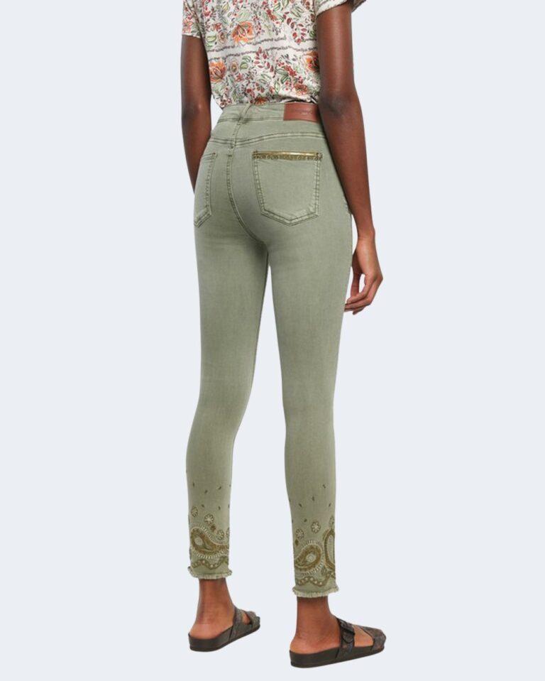 Pantaloni skinny Desigual ANKLE PAISLEY Verde - Foto 3
