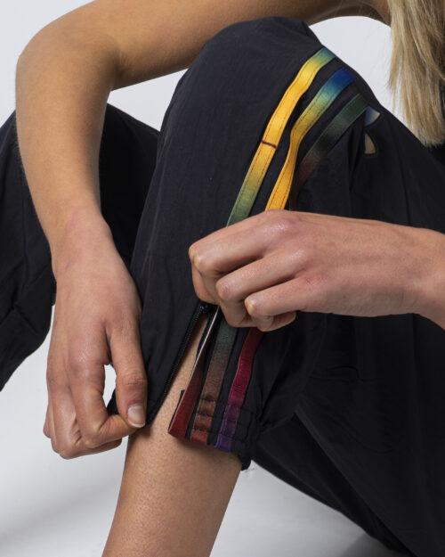 Pantaloni sportivi Adidas Track pants adicolor Nero - Foto 4