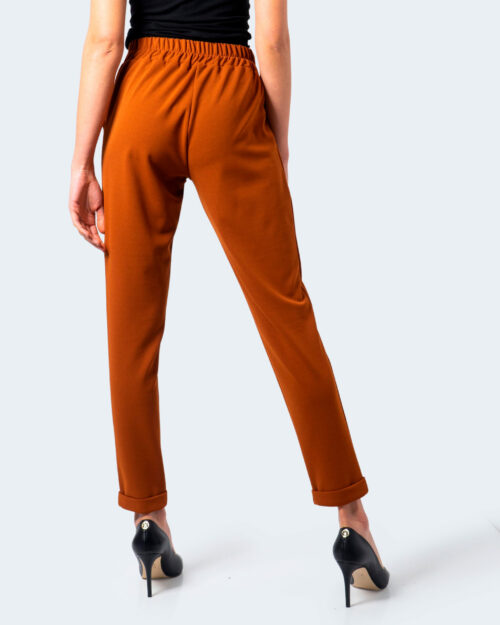 Pantaloni a sigaretta Akè CULISSE Mattone – 55055
