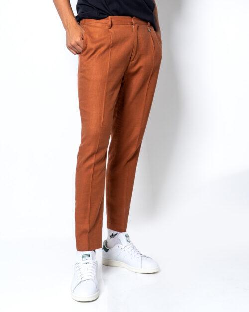 Pantaloni con cavallo basso Antony Morato CARROT CON PENCES Mattone – 45394
