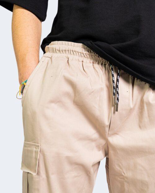 Pantaloni con cavallo basso Hydra Clothing TASCHE LATERALI Beige - Foto 4