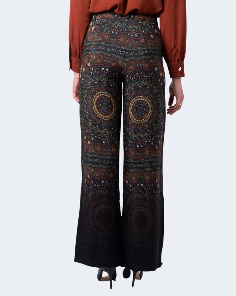 Pantaloni bootcut Desigual Pant tomoe Verde - Foto 2