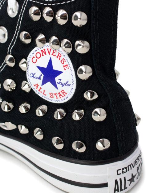 Sneakers Converse PERSONALIZZATA ALTA CON BORCHIE Nero - Foto 4