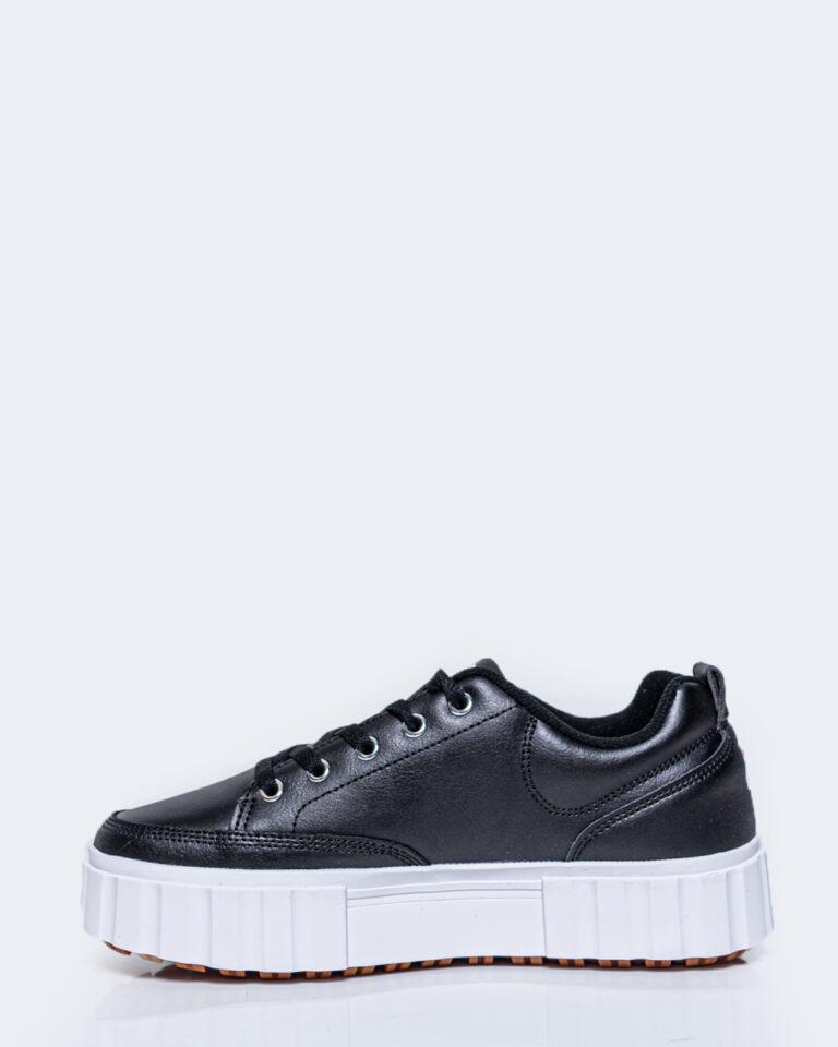 Sneakers Fila SANDBLAST Nero - Foto 2