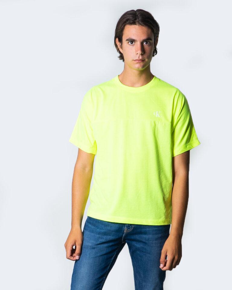 T-shirt Calvin Klein Jeans PUFF PRINT BACK LOGO T-SHIRT Giallo lime - Foto 1
