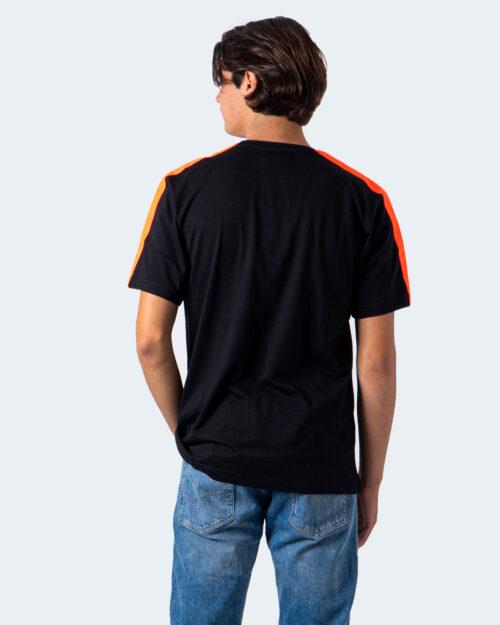 T-shirt Diego Rodriguez LOGO GOMMATO Nero - Foto 2