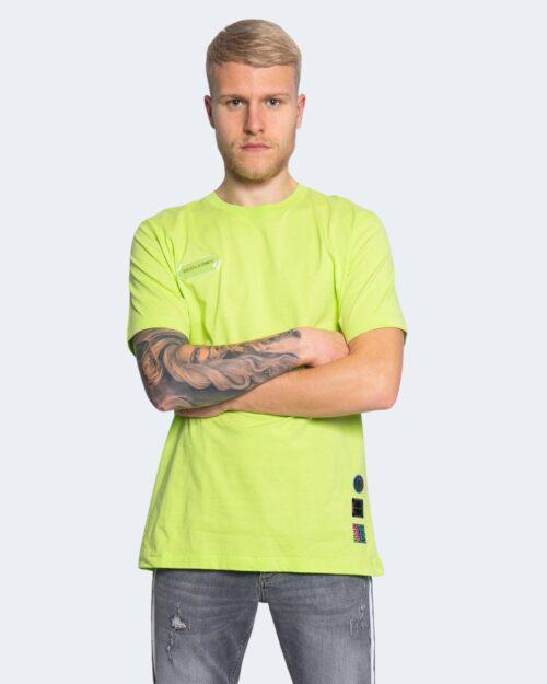 T-shirt Disclaimer LOGO SPALLE Giallo fluo - Foto 4