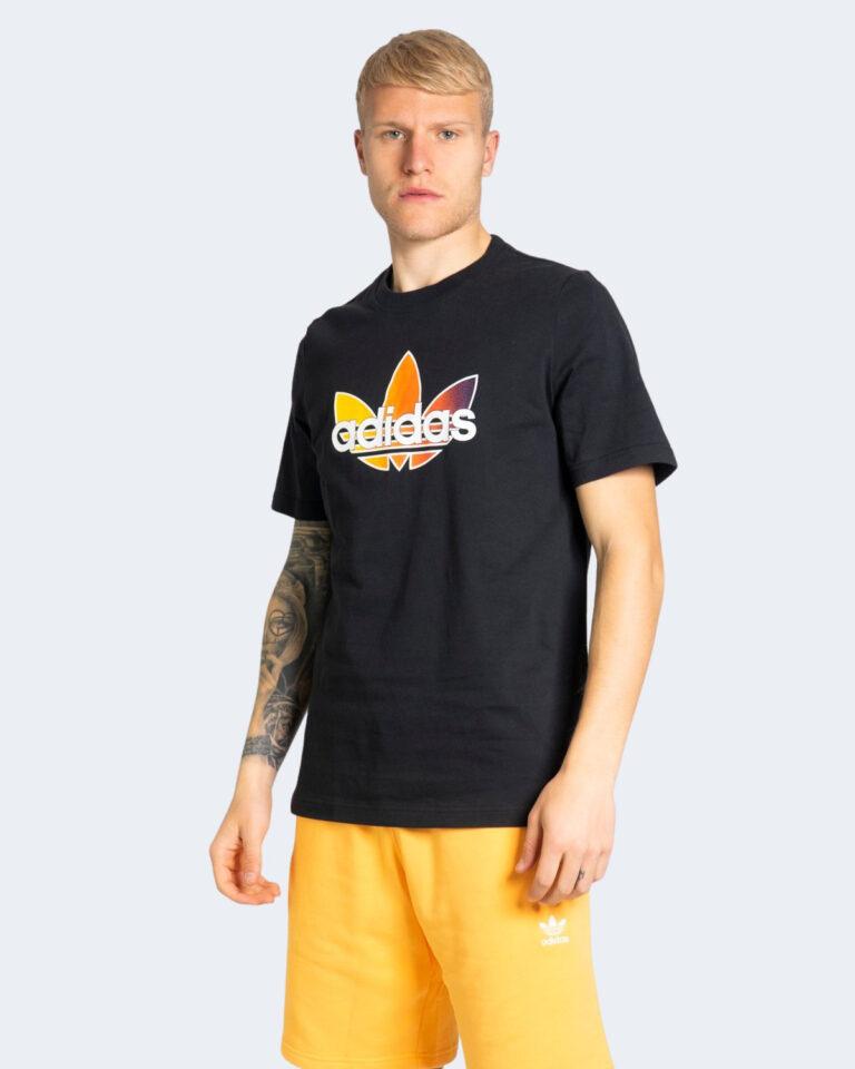 T-shirt Adidas GRAPHIC Nero - Foto 2
