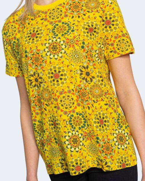 T-shirt Desigual LYON Giallo - Foto 3