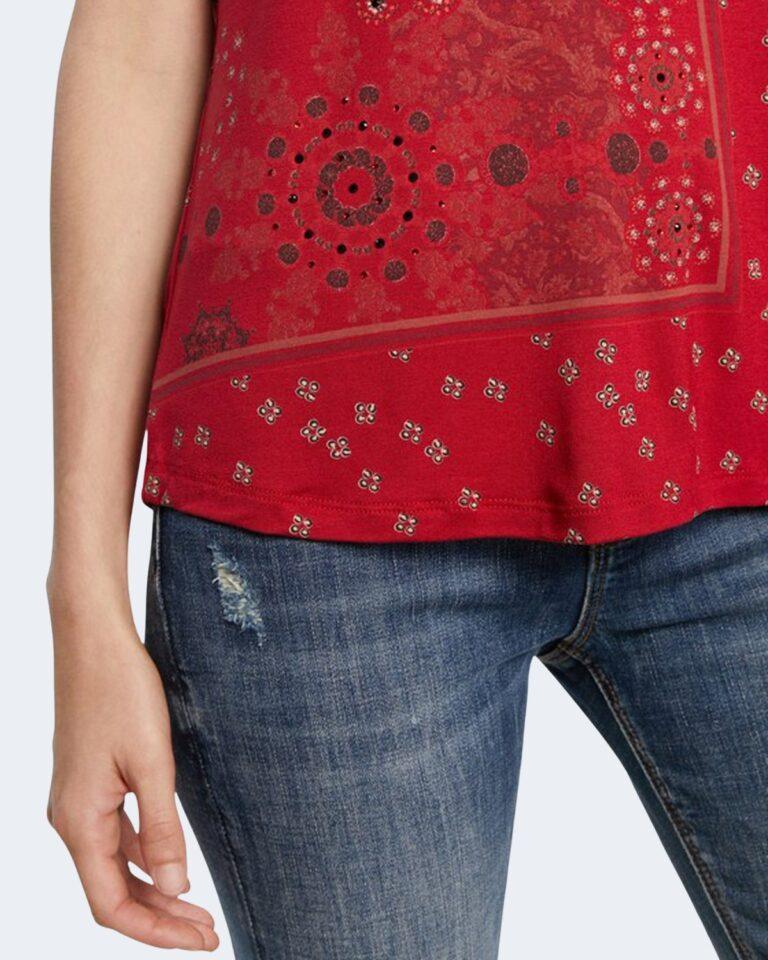T-shirt Desigual ESTAMBUL Rosso - Foto 4
