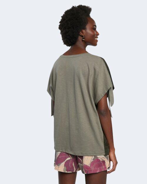 T-shirt Desigual STATEN ISLAND Verde - Foto 4