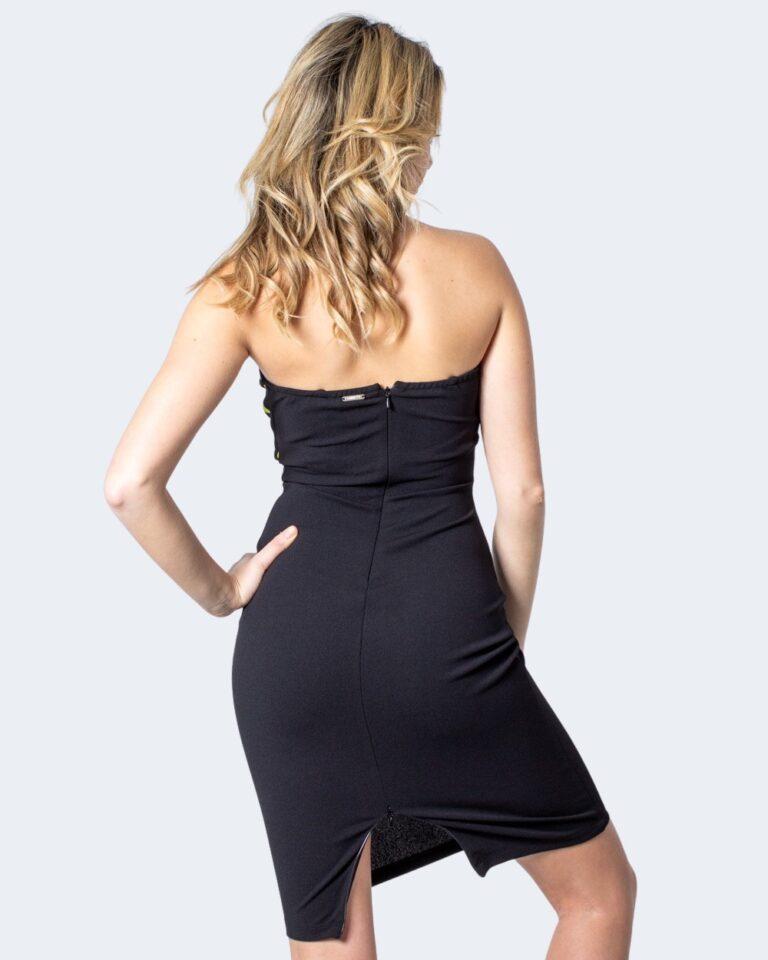 Vestito corto Guess ESTEBANA DRESS Nero - Foto 3