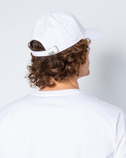 Cappello con visiera Fila 6 Panel Cap leniar logo Strap Back Bianco – 40558