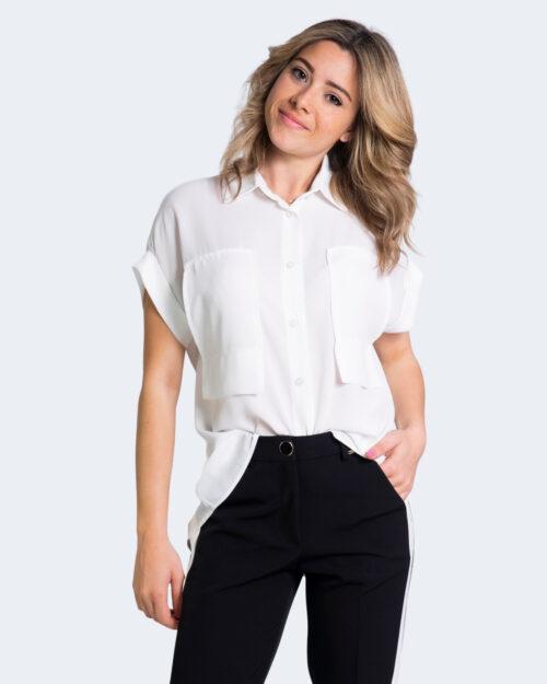 Camicia manica corta Akè TASCHE FRONTALI Bianco – 68041