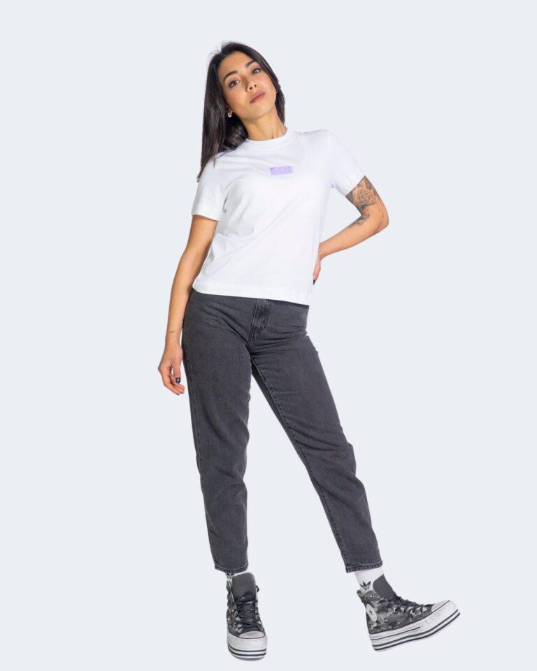T-shirt Calvin Klein Jeans SHINE BADGE Bianco - Foto 2