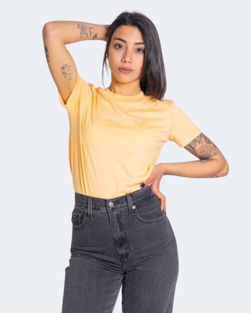 T-shirt Calvin Klein Jeans SHRUNKEN INSTITUTION Arancione - Foto 1