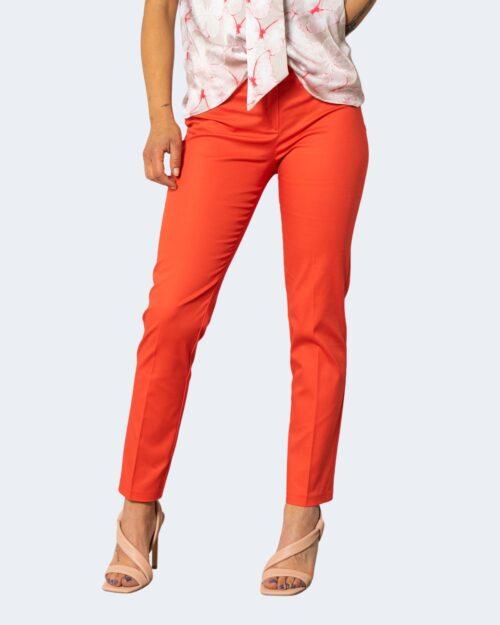Pantaloni da completo Rinascimento SIGARETTA Corallo – 71574