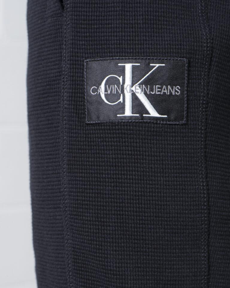 Shorts Calvin Klein Jeans MONOGRAM BADGE Nero - Foto 4