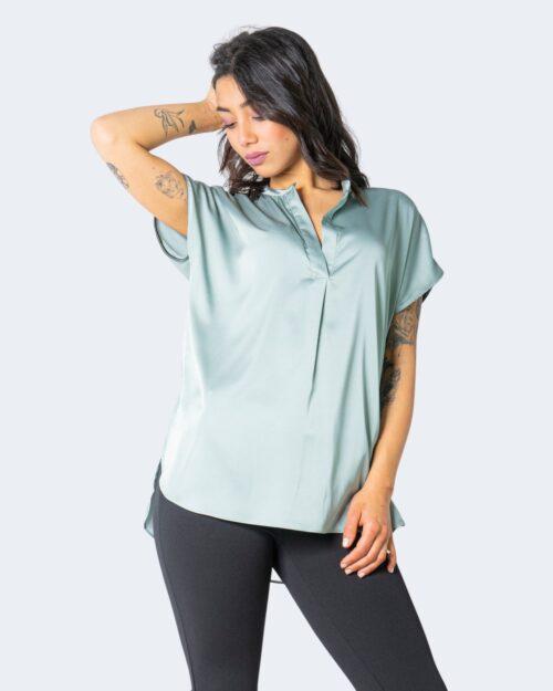 T-shirt Rinascimento - Verde - Foto 1