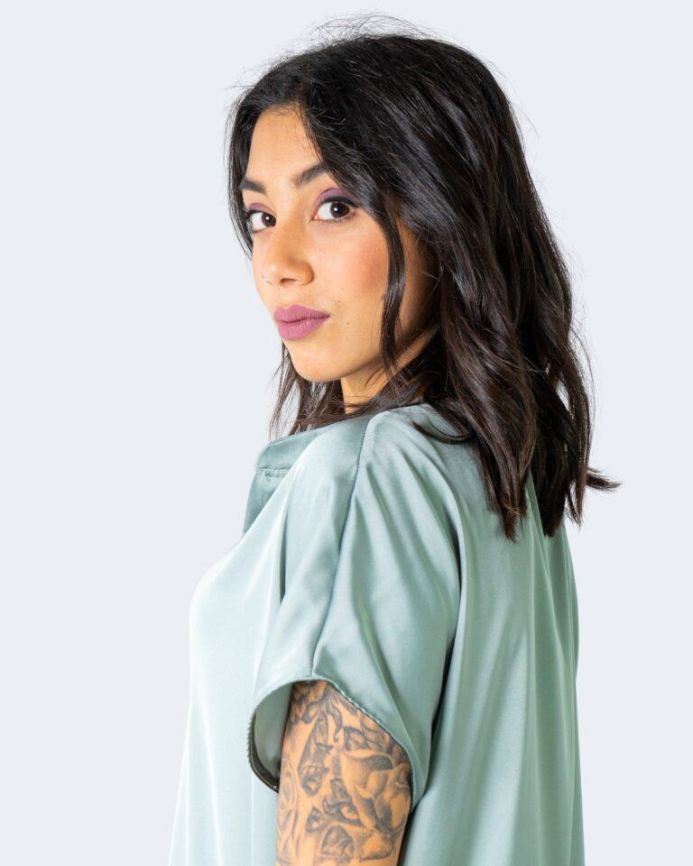 T-shirt Rinascimento - Verde - Foto 3