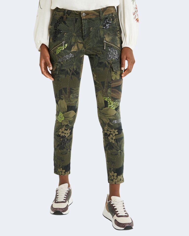 Pantaloni Desigual CAMO Verde Oliva - Foto 1