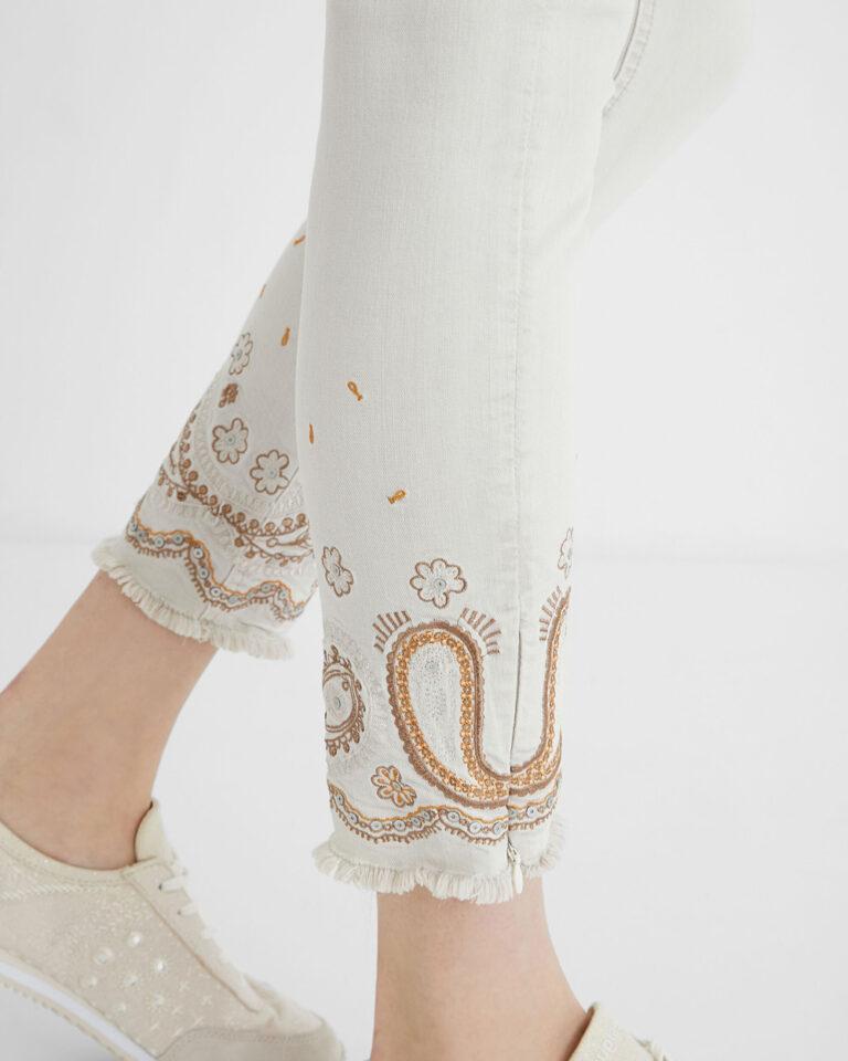 Pantaloni skinny Desigual ANKLE PAISLEY Panna - Foto 2