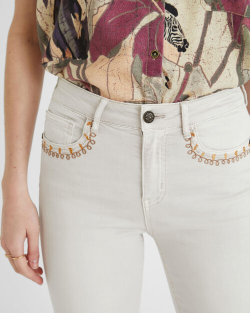 Pantaloni skinny Desigual ANKLE PAISLEY Panna - Foto 4