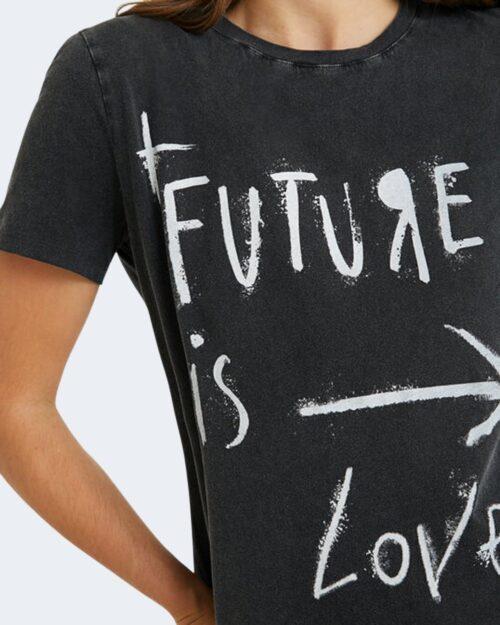 T-shirt Desigual FUTURE Nero - Foto 3