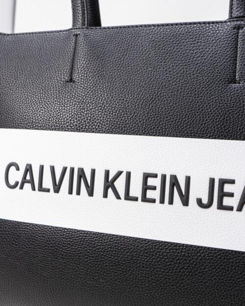 Borsa Calvin Klein Jeans SHOPPER LOGO Nero - Foto 4
