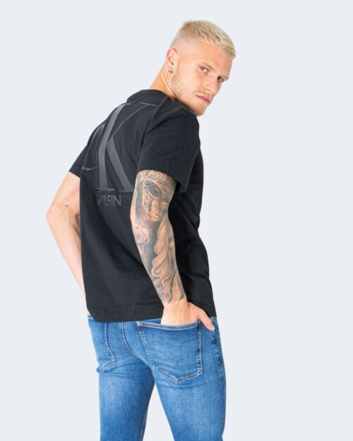 T-shirt Calvin Klein Jeans LEATHER MONOGRAM Nero - Foto 1