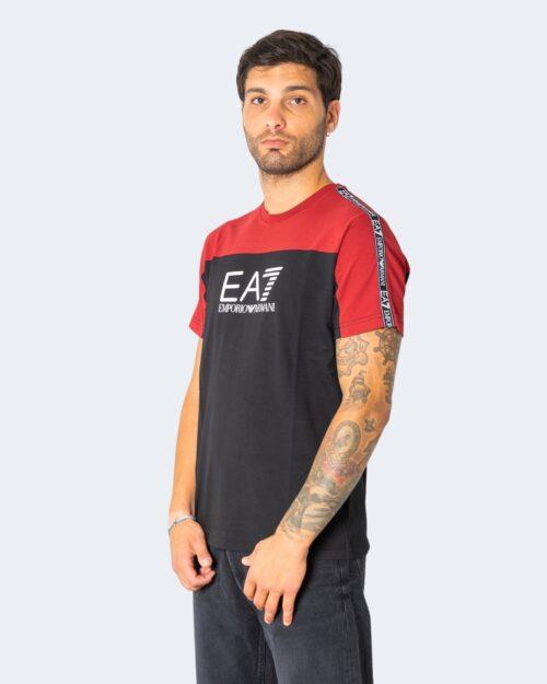 T-shirt Ea7 MULTILOGO SULLE SPALLE Bordeaux – 73071