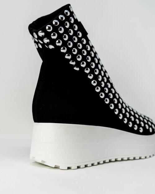 Sneakers Gioselin LIGHT FLAT STUDS CON BORCHIE Nero - Foto 5