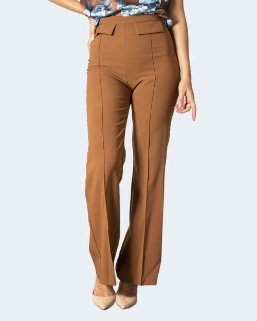 Pantaloni bootcut Rinascimento REWI Beige scuro – 78069