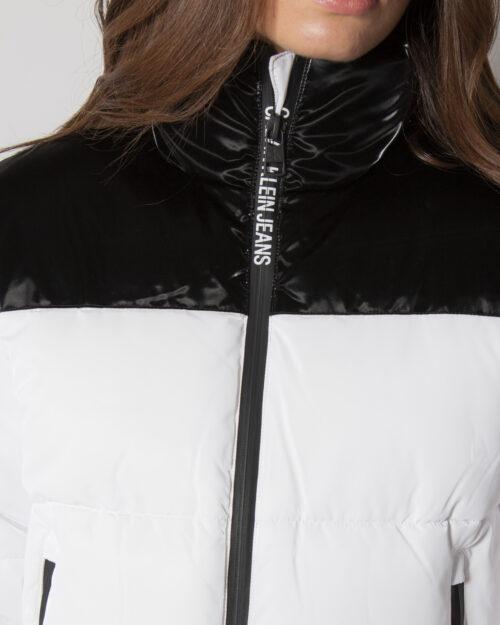 Piumino Calvin Klein GLOSSY BLOCKING PUFF J20J216879 Bianco – 71945