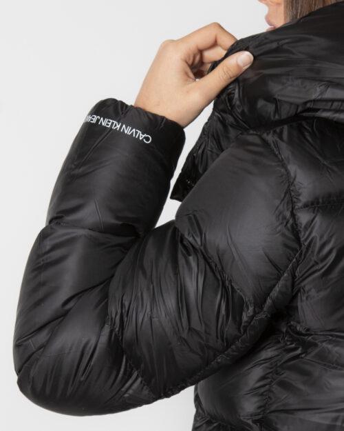 Piumino Calvin Klein SHINY DOWN SHORT Nero – 71952